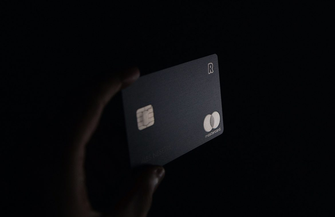 Why it is important to cut up your old credit cards